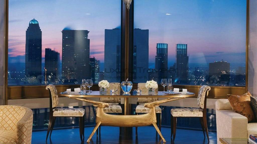 Four_Seasons_Hotel_New_York_Suite_Ty_Warner