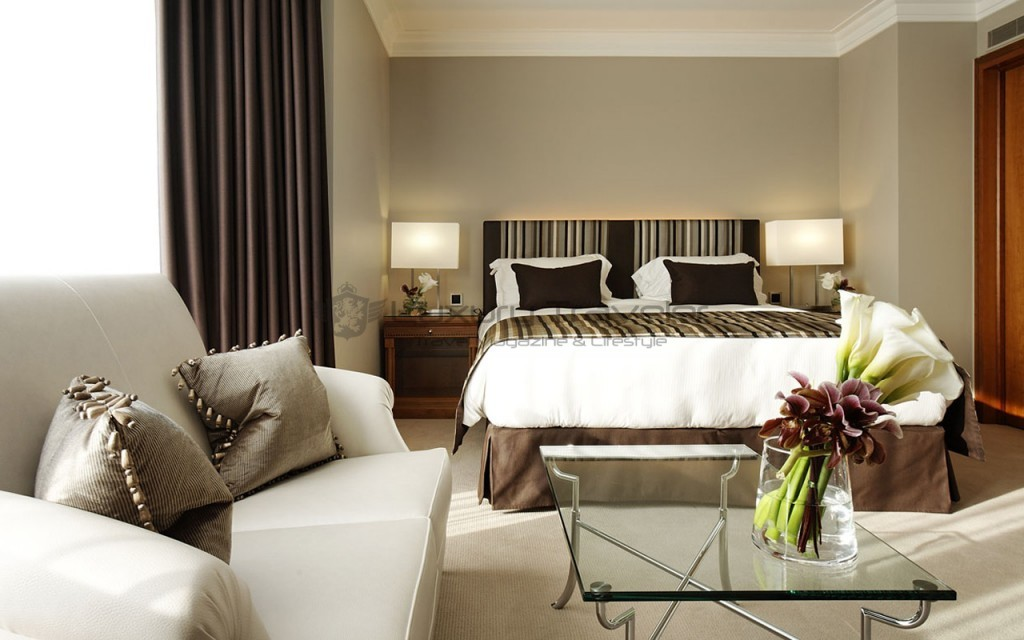 Hotel-President-Wilson-Luxury_Suite_Bedroom