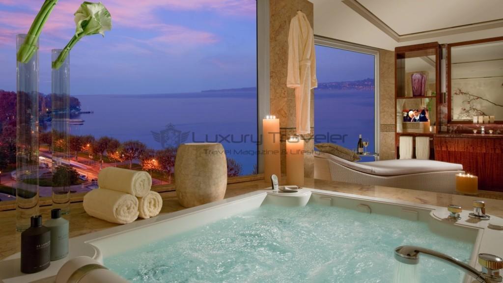 Hotel-President-Wilson-Suite-Bathroom_Luxury