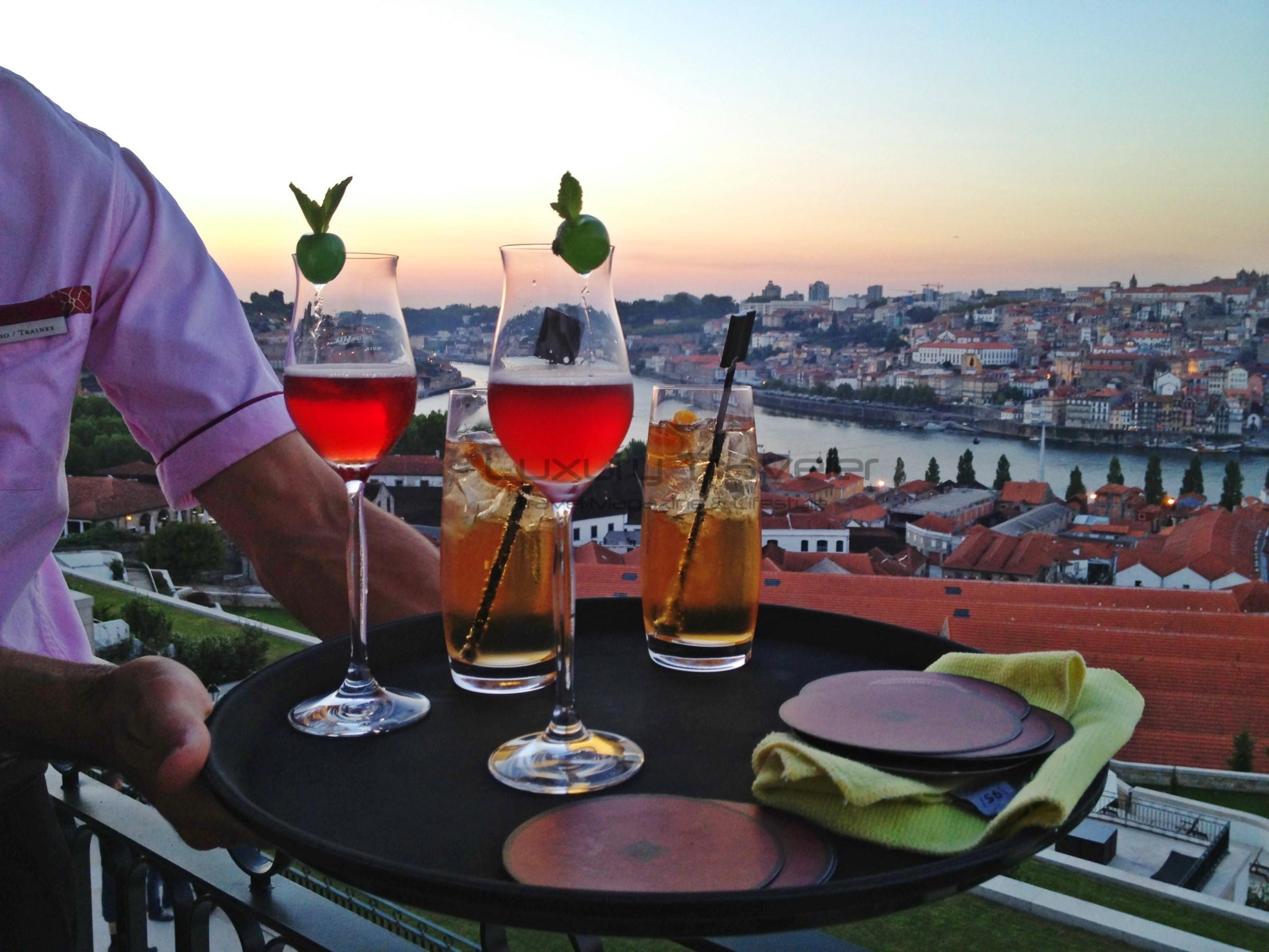 Yeatman_Hotel_Porto_Gaia_Drinks_Exterior