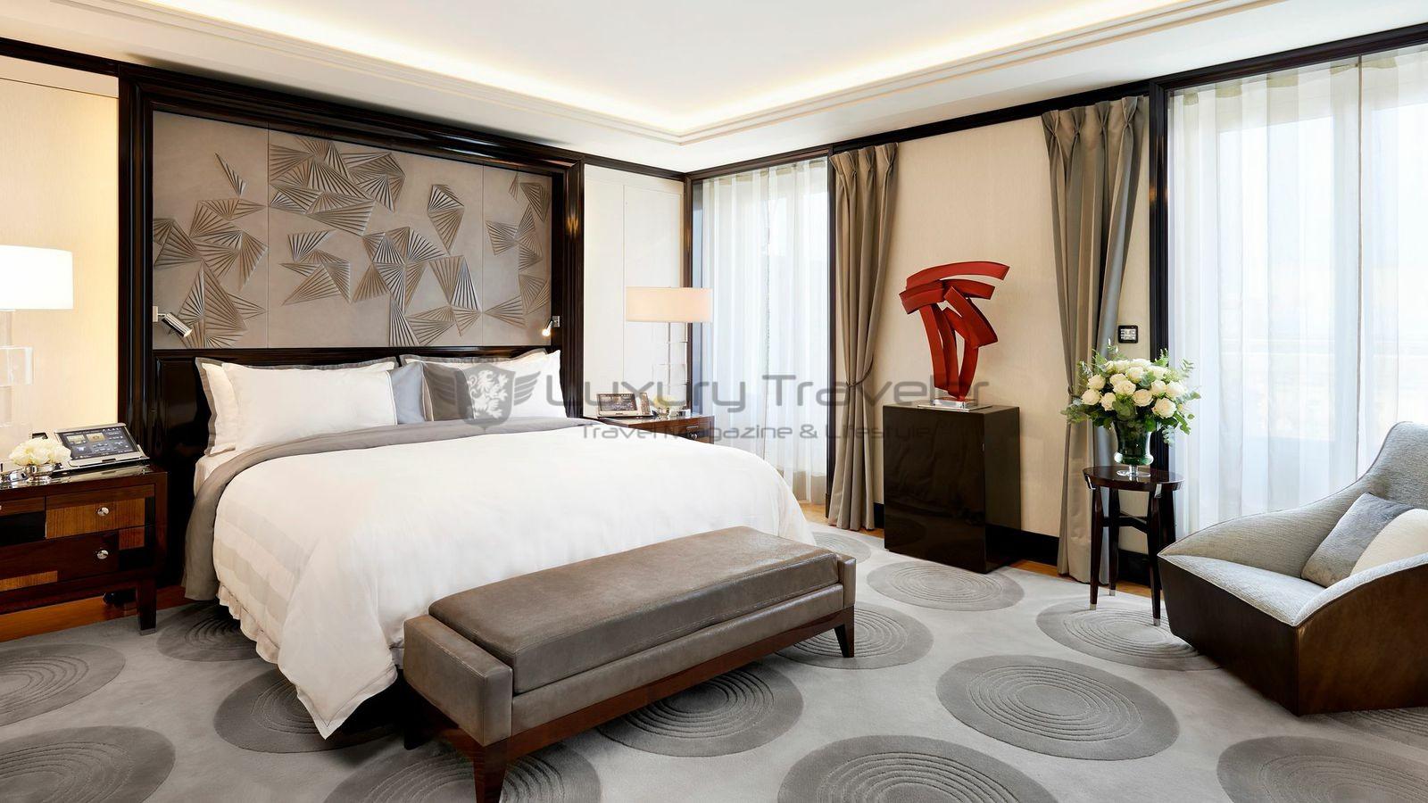 ... The-Peninsula-Paris-Hotel-Bedroom ...