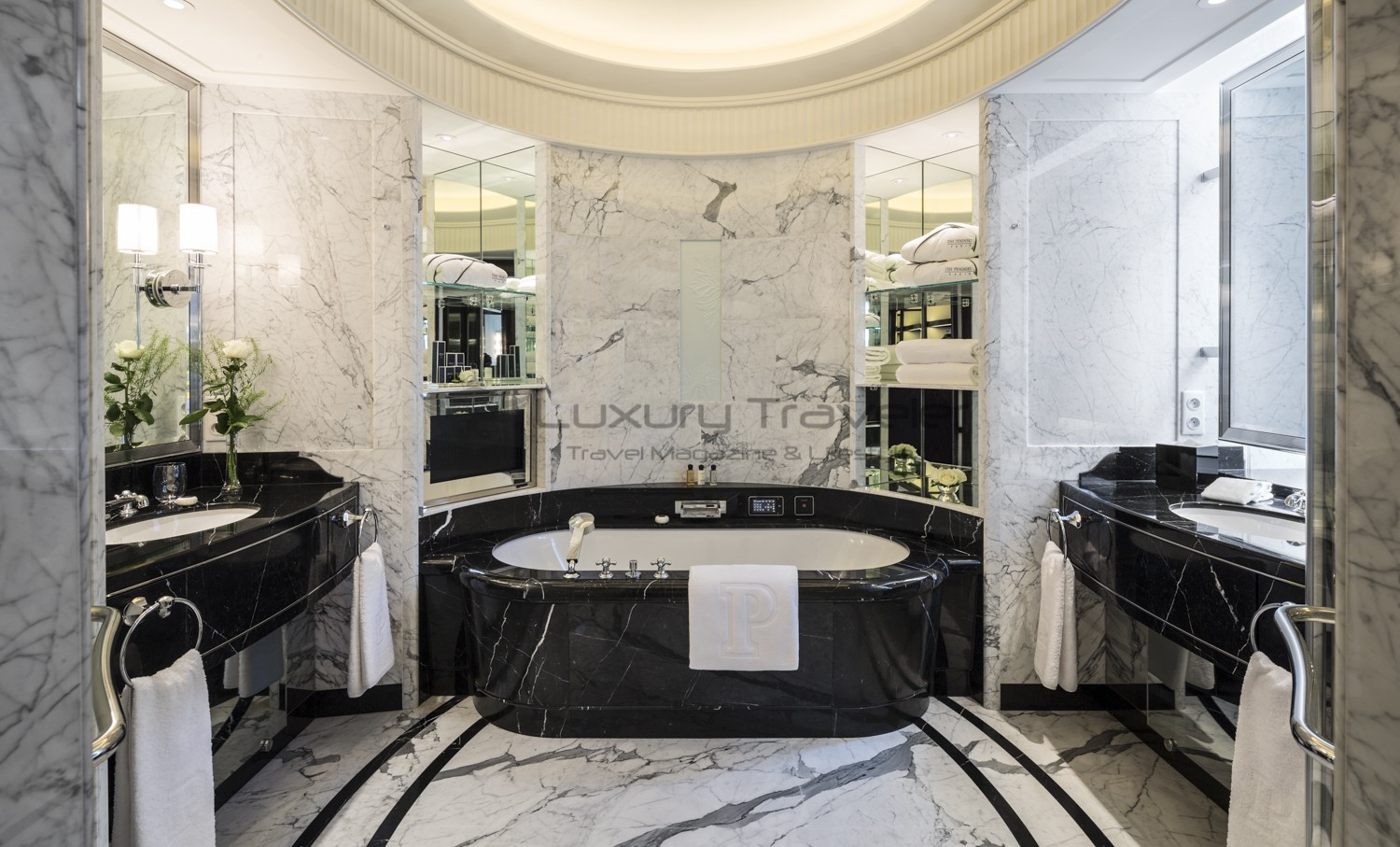 The peninsula luxury 5 star hotel paris luxury traveler for Hotel des bains paris 14e
