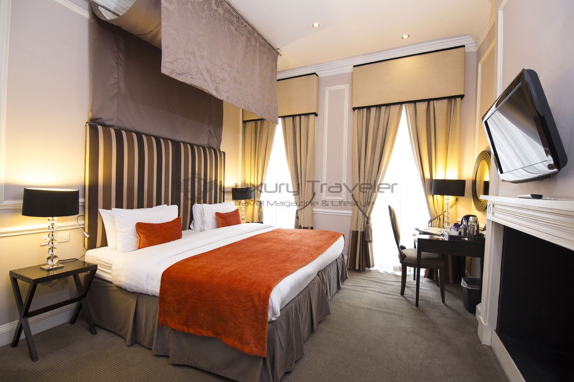 Montagu_Place_Hotel_London_Swanky_Room