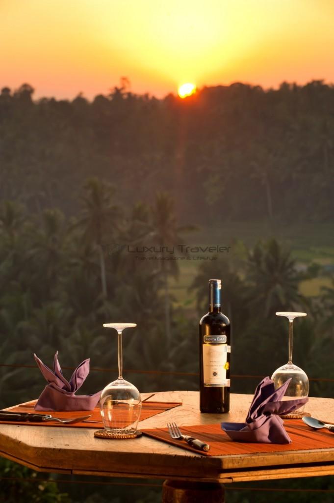 Bambu-Indah-Afrika-Deck-sunset-bali-ubud