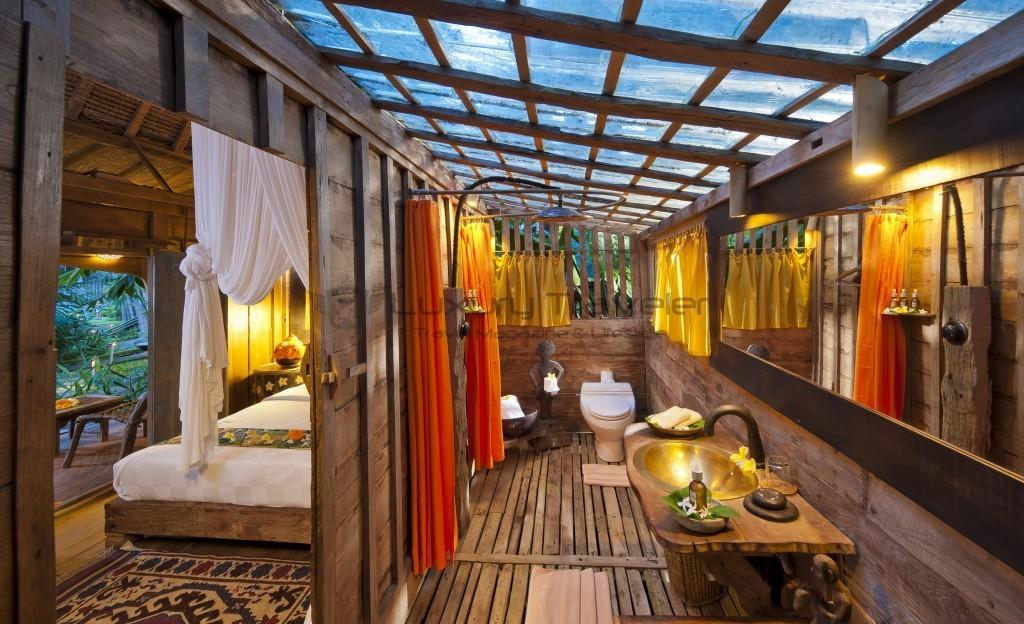 Bambu-Indah-Kuda-House-Inside-Ubud-Bali