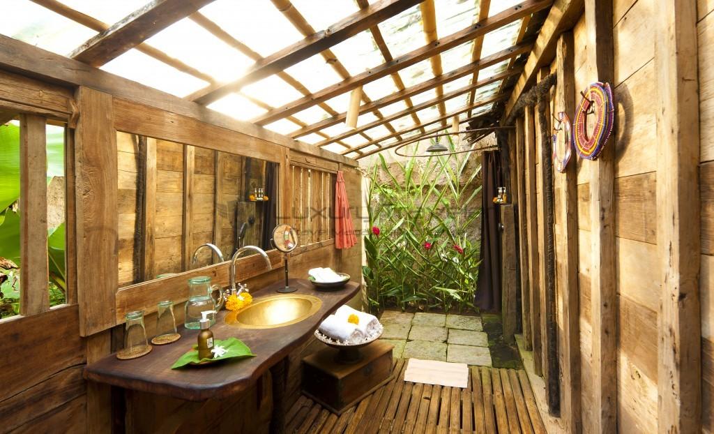 Bambu-Indah-Udang-House-bathroom-Ubud-Bali