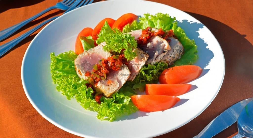 kokotinos-sekotong-lombok-meals
