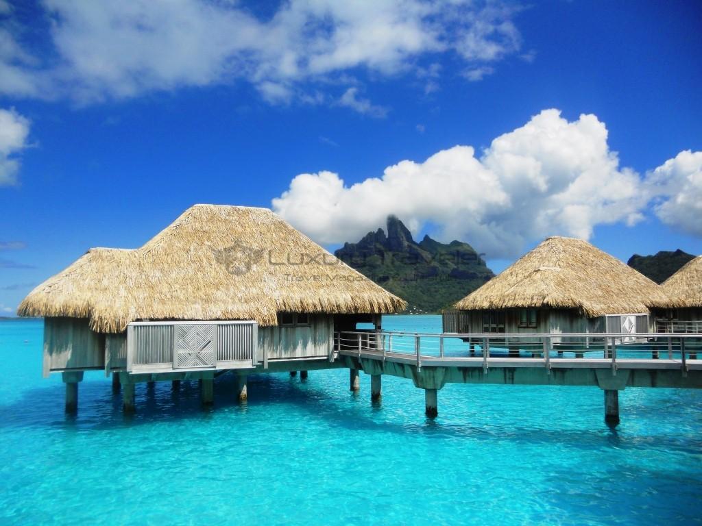 St_Regis_Bora_Bora_French_Polynesia_Bungalows