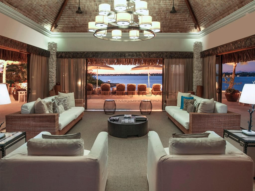 St_Regis_Bora_Bora_Resort_Luxury_Suite