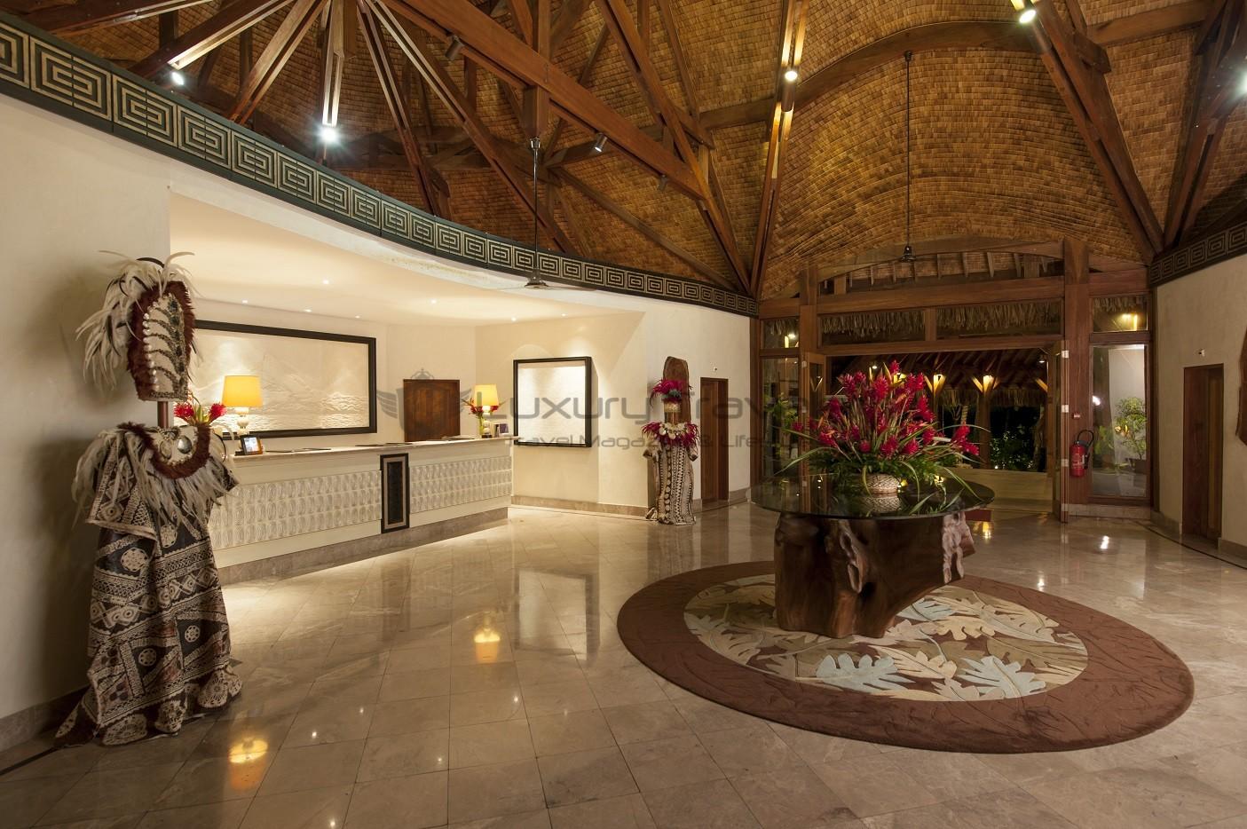 St_Regis_Bora_Bora_Luxury_Resorts