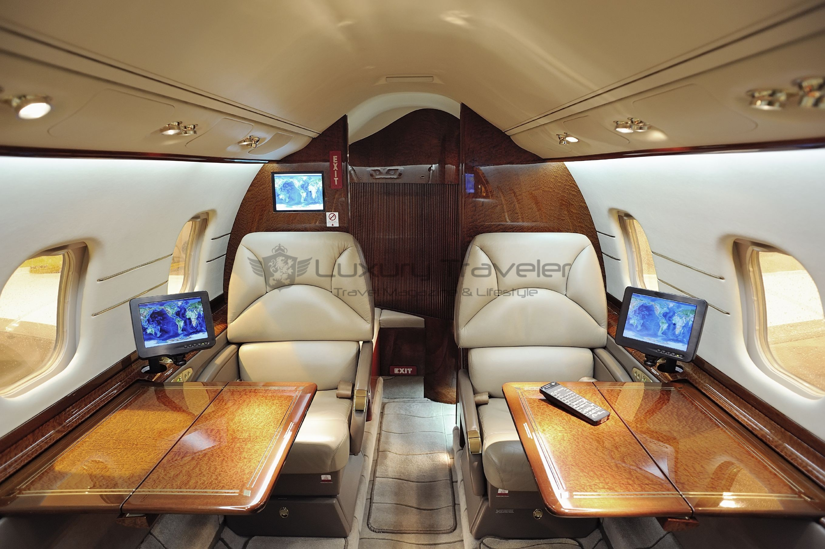 private-jet-service-rental