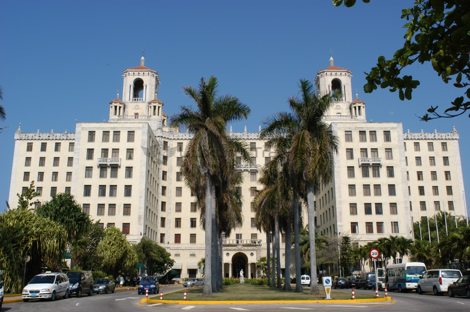 Hotel_Nacional_de_Cuba_Building_Exterior