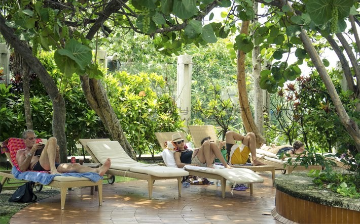 Hotel_Nacional_de_Cuba_Havana_Lounge_Exterior