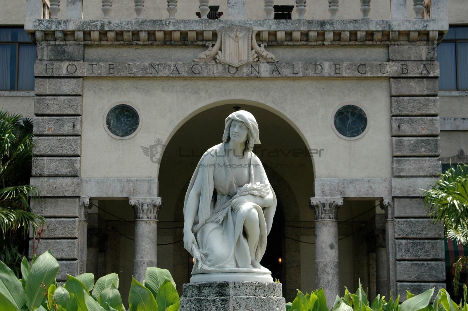 Havana-Hotel-Nacional-Cuba-Gardens