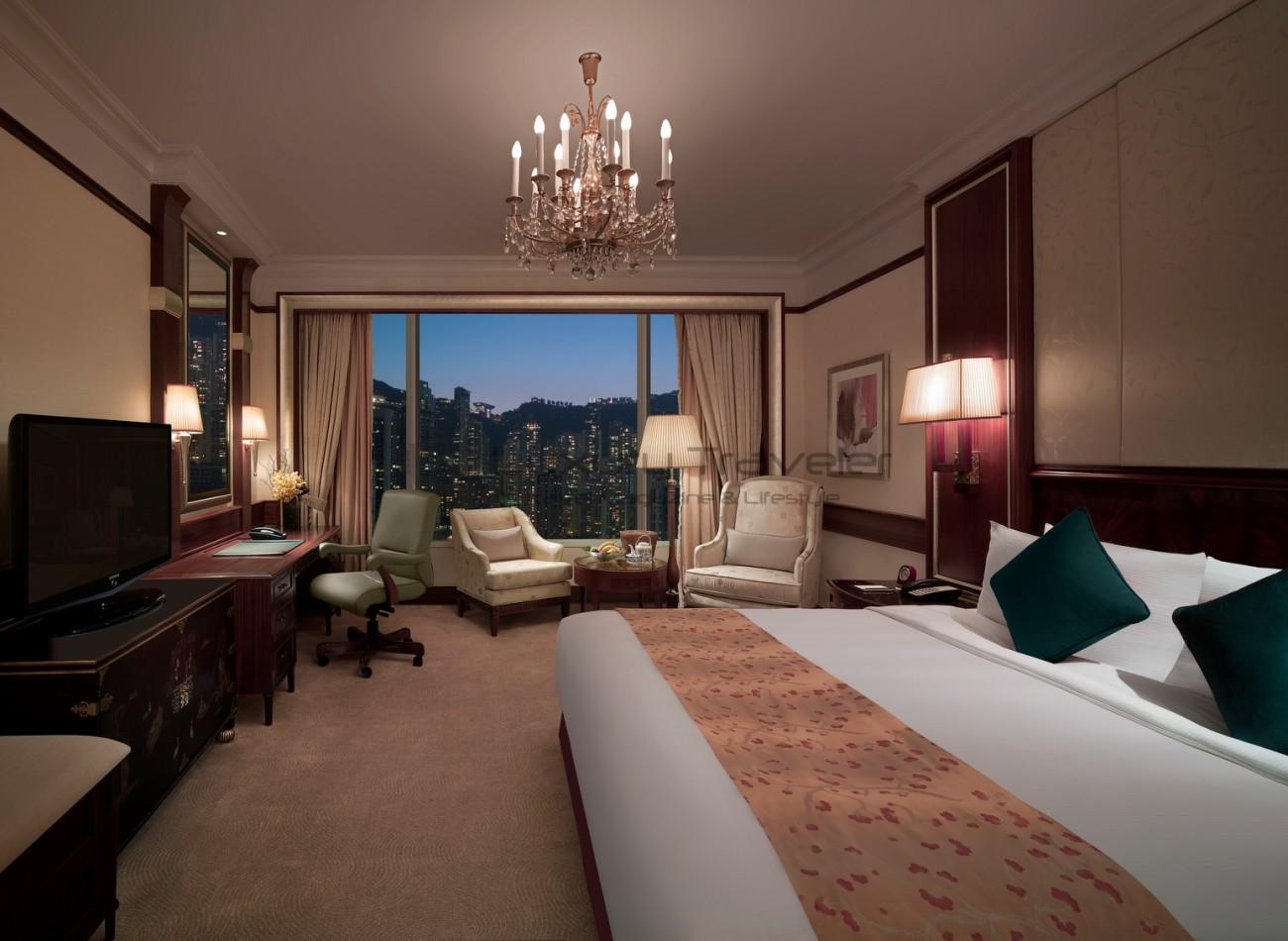Island_Shangri-La_Hotel_Hong_Kong_Deluxe_Room_View