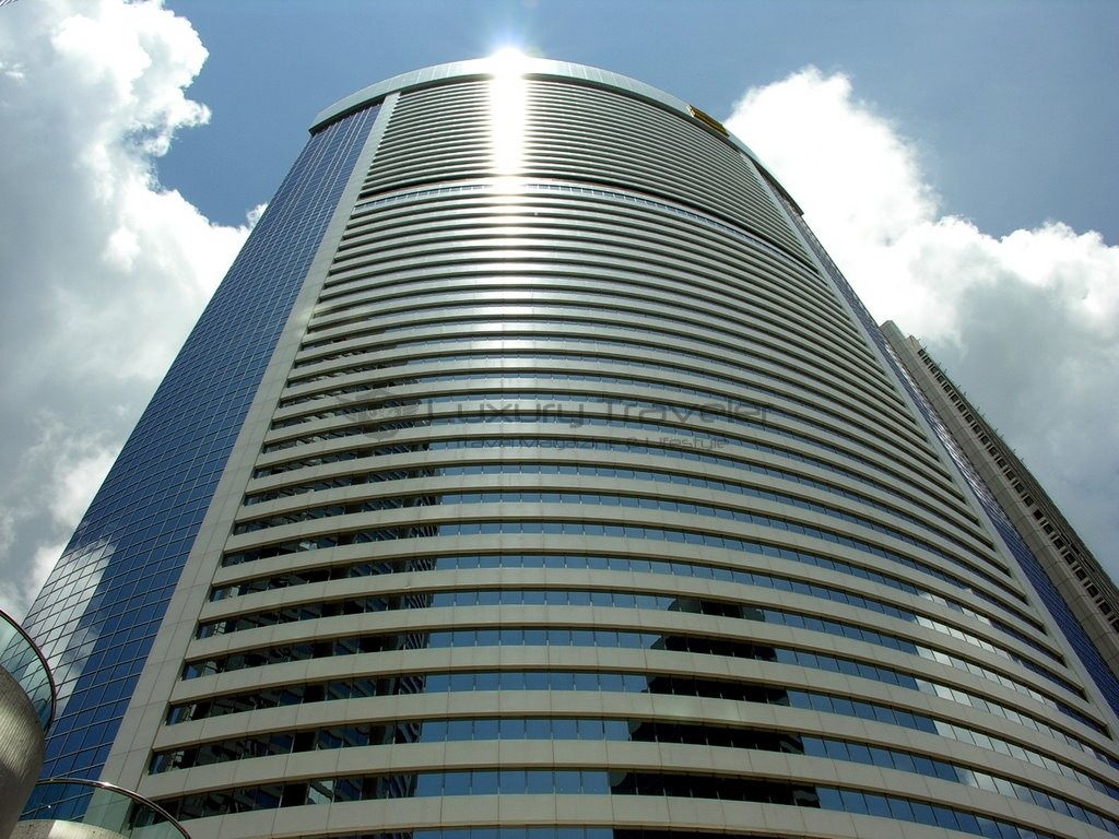 Island_Shangri-La_Hotel_Hong_Kong_Exterior_Address