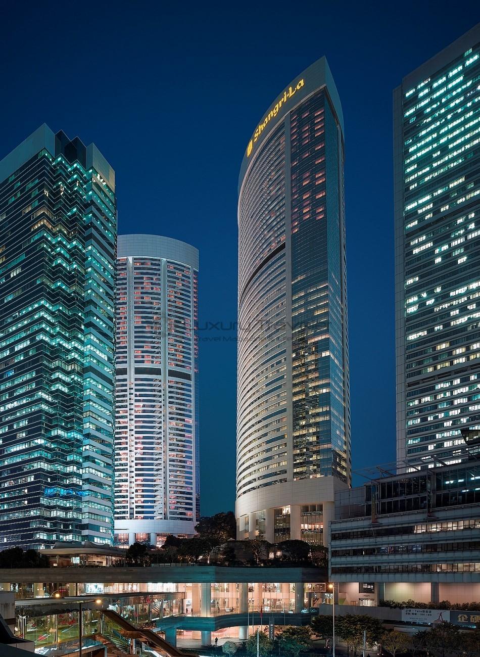 Island_Shangri-La_Hotel_Hong_Kong_Exterior_Location