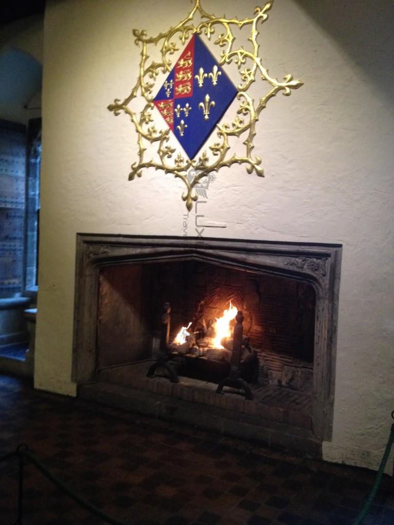 Leeds_Castle_Kent_Maidstone_Fireplace