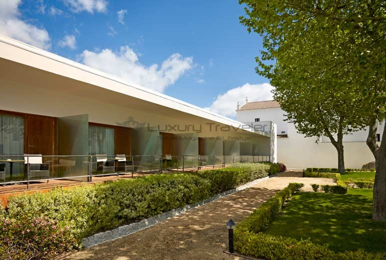 Convento_Espinheiro_Hotel_Evora_Starwood_Deluxe_Rooms