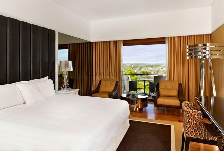 Convento_Espinheiro_Hotel_Evora_Starwood_Design_Room_