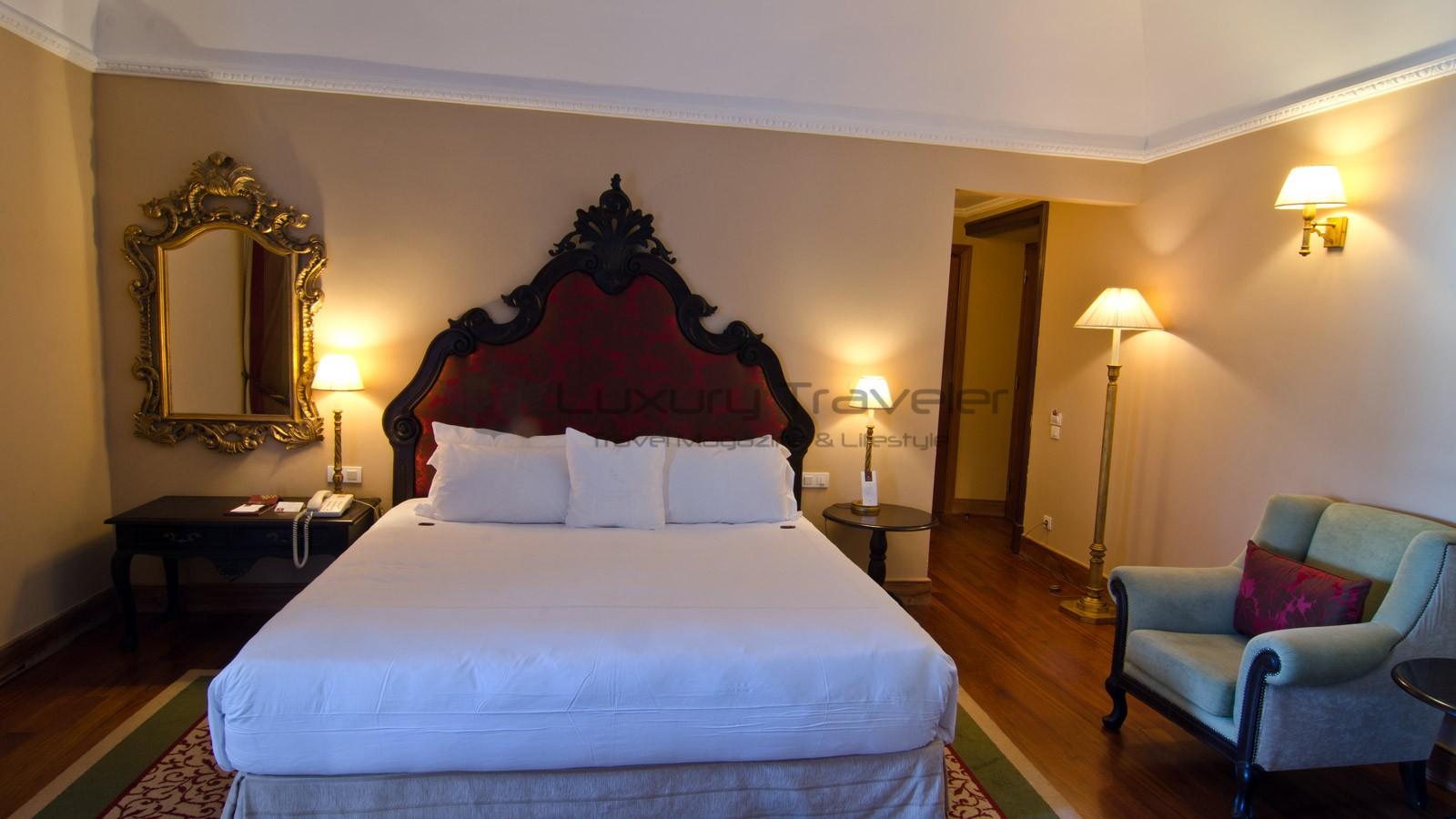 Convento_Espinheiro_Hotel_Evora_Starwood_Heritage_Room