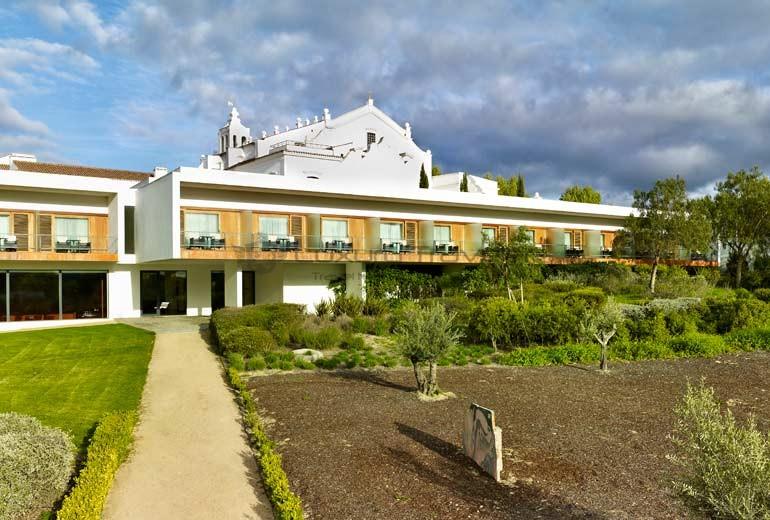 Convento_Espinheiro_Hotel_Evora_Starwood_Garden_Views