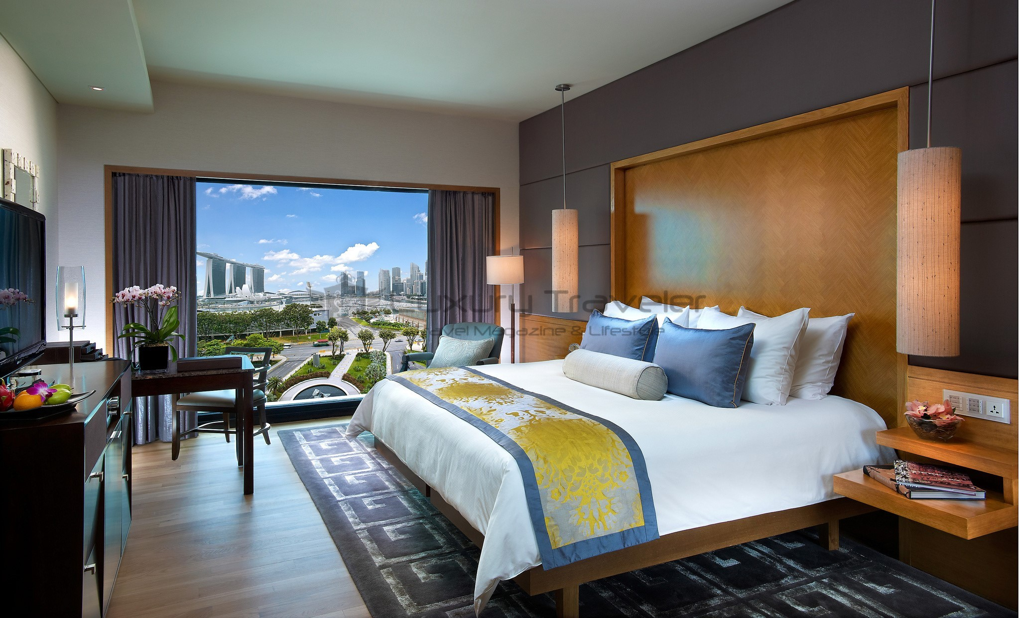Mandarin oriental singapore luxury 5 star hotel luxury for 5 star bedroom designs