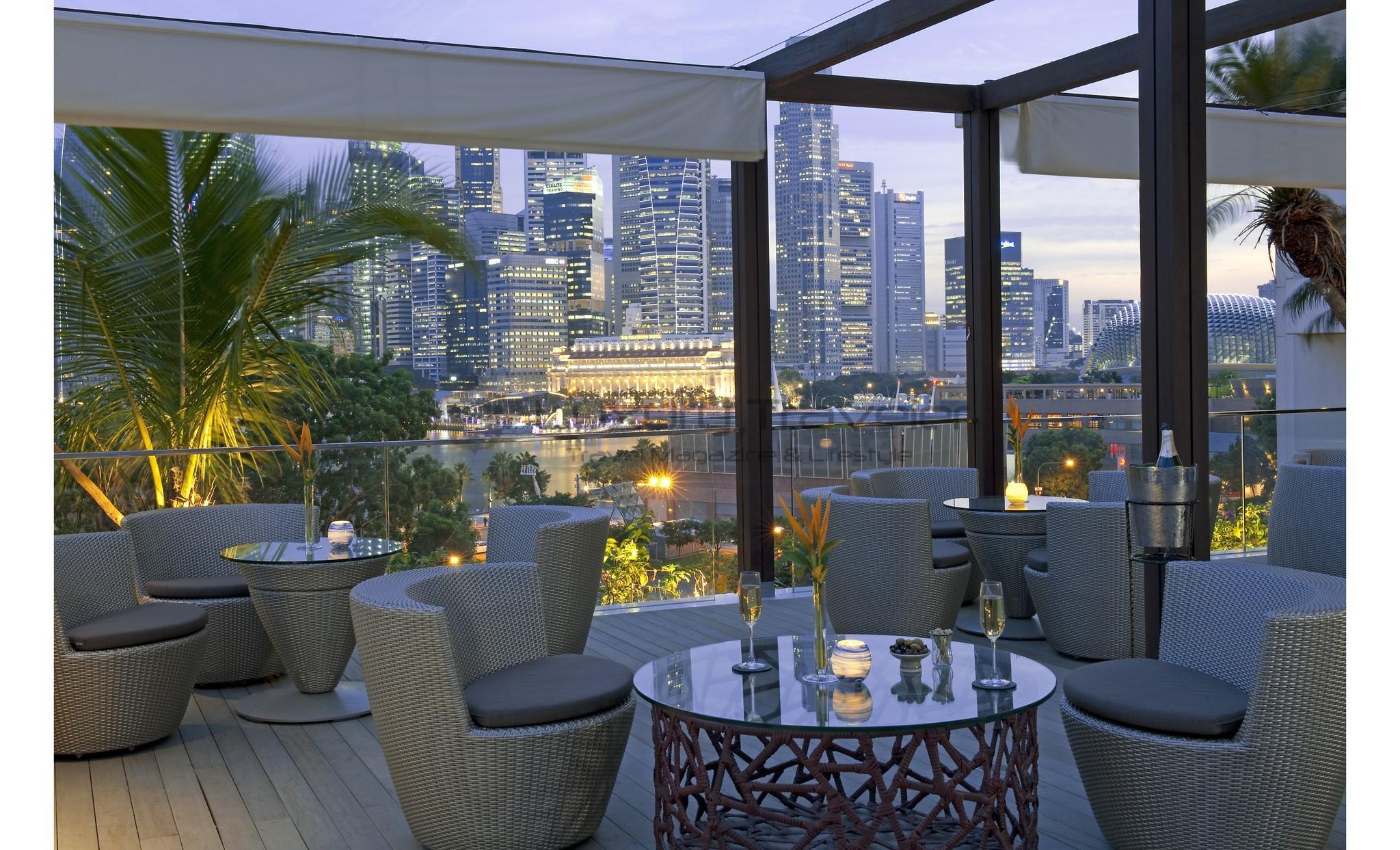 Mandarin_Oriental_Singapore_Hotel_Restaurant