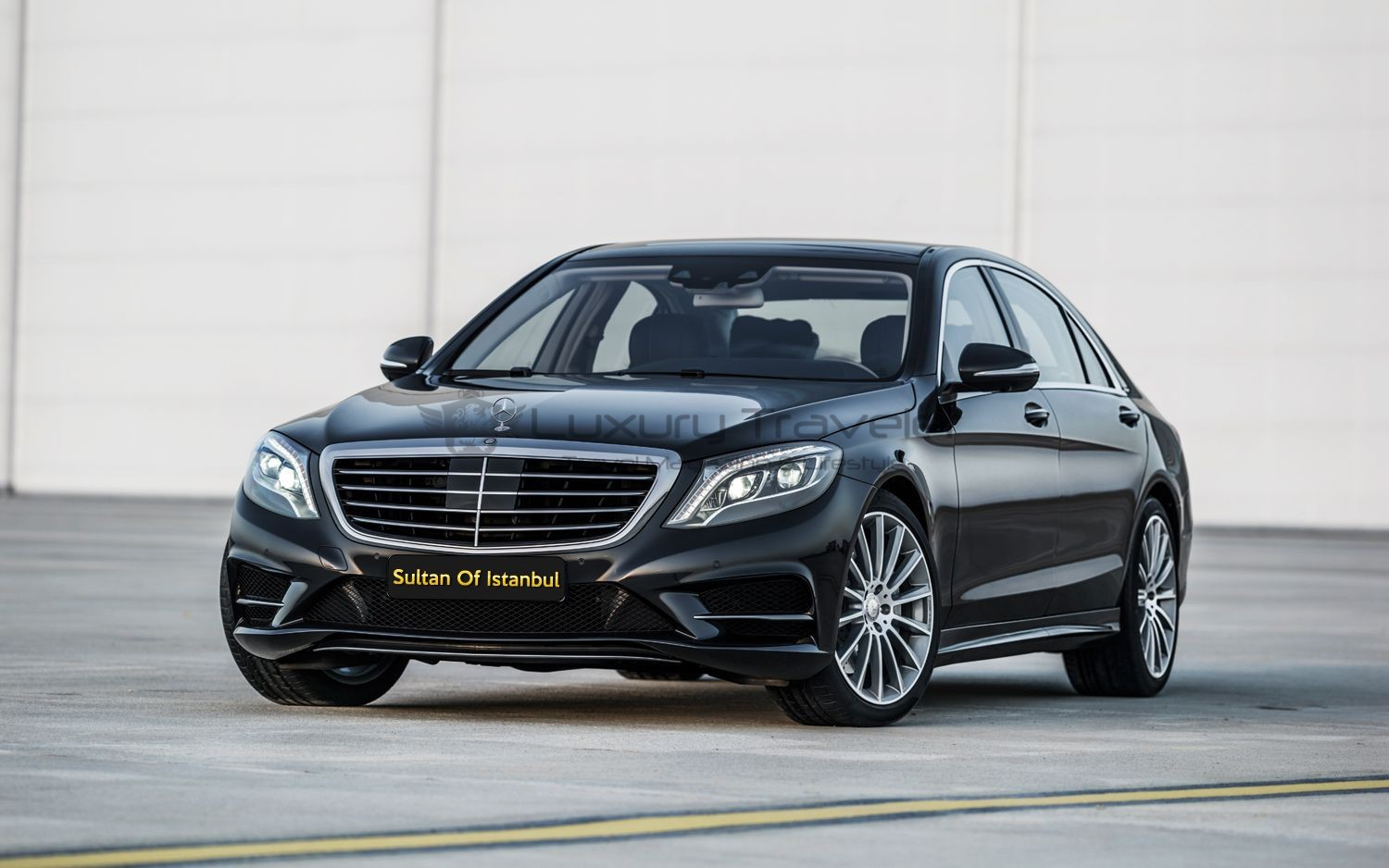 Sultan_of_Istanbul_Mercedes-S_Luxury_Driver_Chauffeur