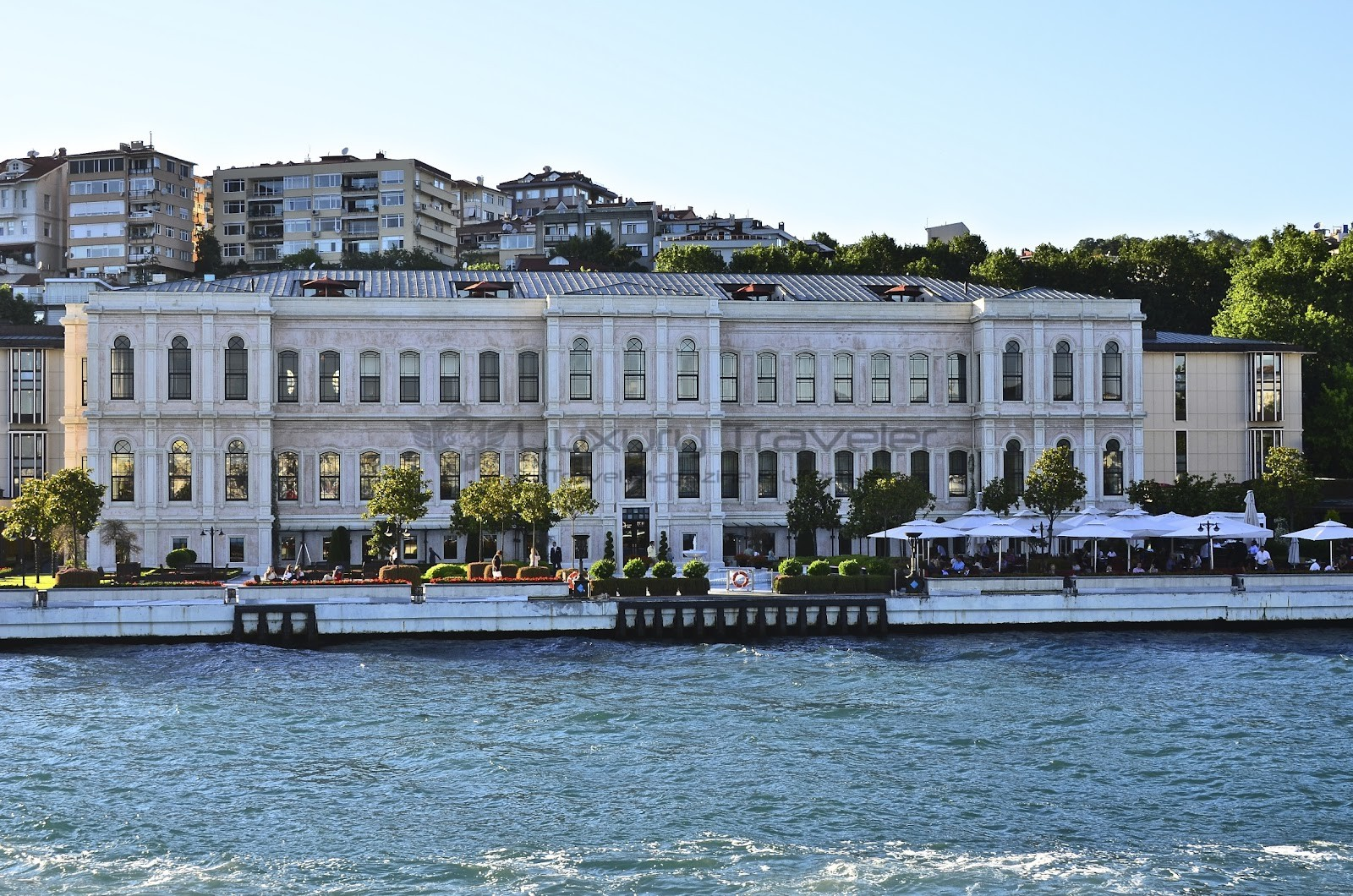 Four_Seasons_Bosphorus_Istanbul_Hotel_View