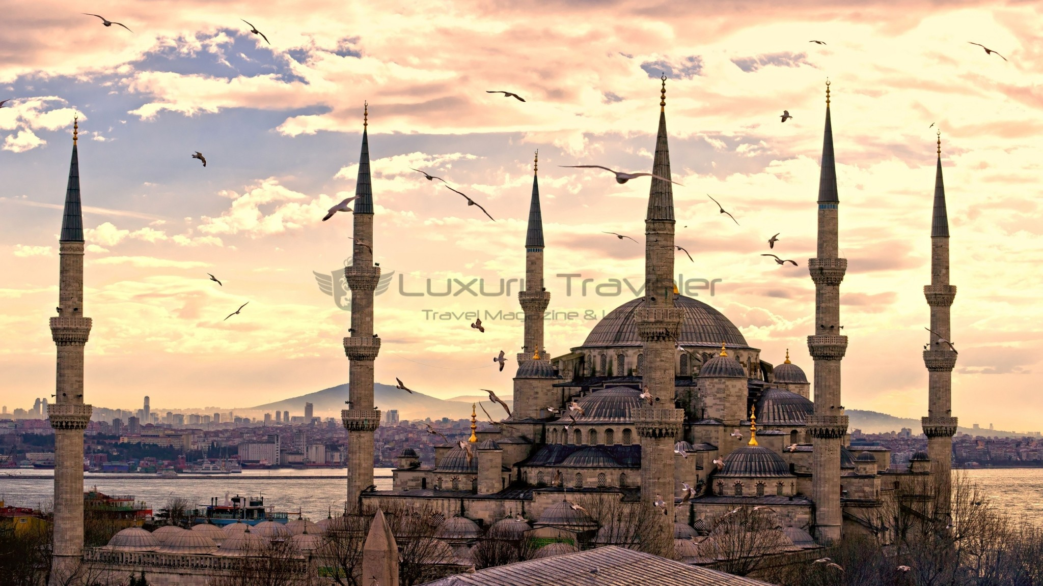 Four_Seasons_Bosphorus_Istanbul_Hotel_City_Tours