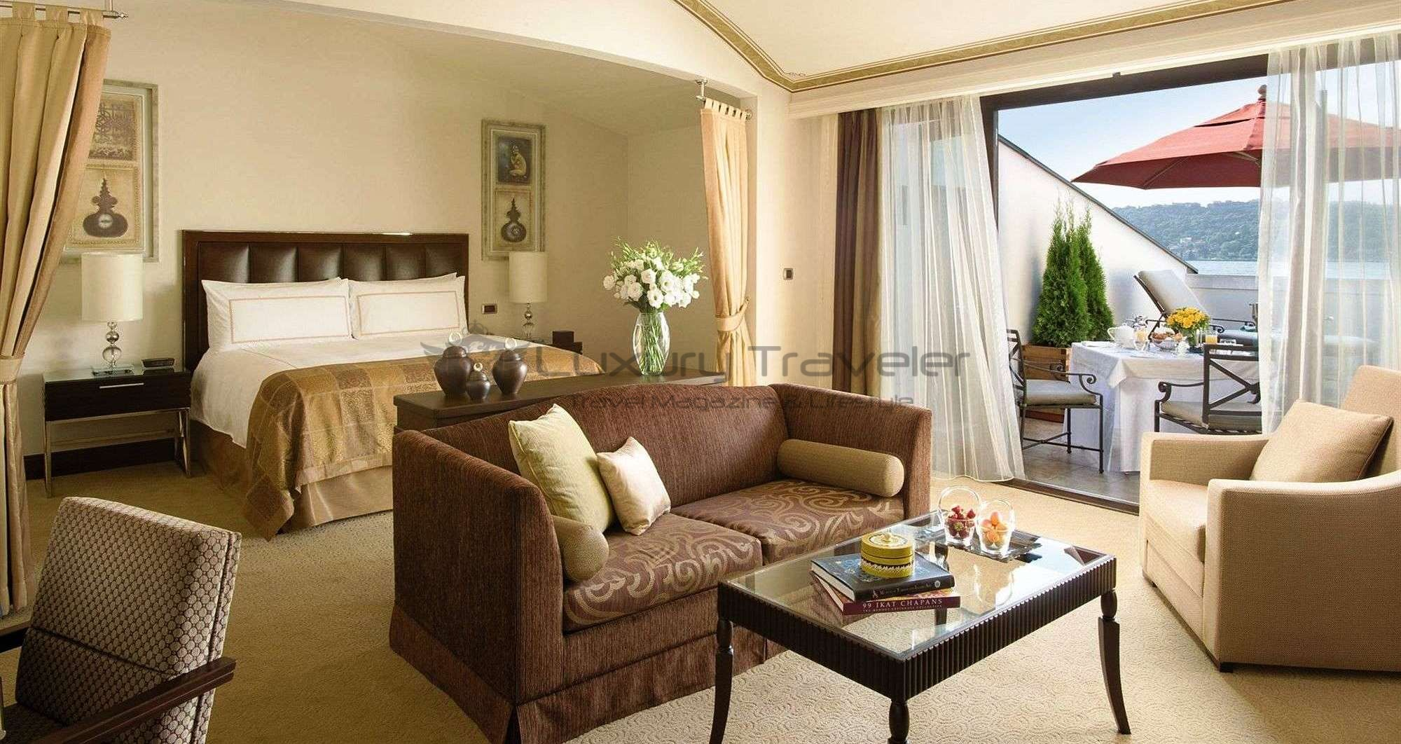 Four_Seasons_Bosphorus_Istanbul_Hotel_Roof_Suite