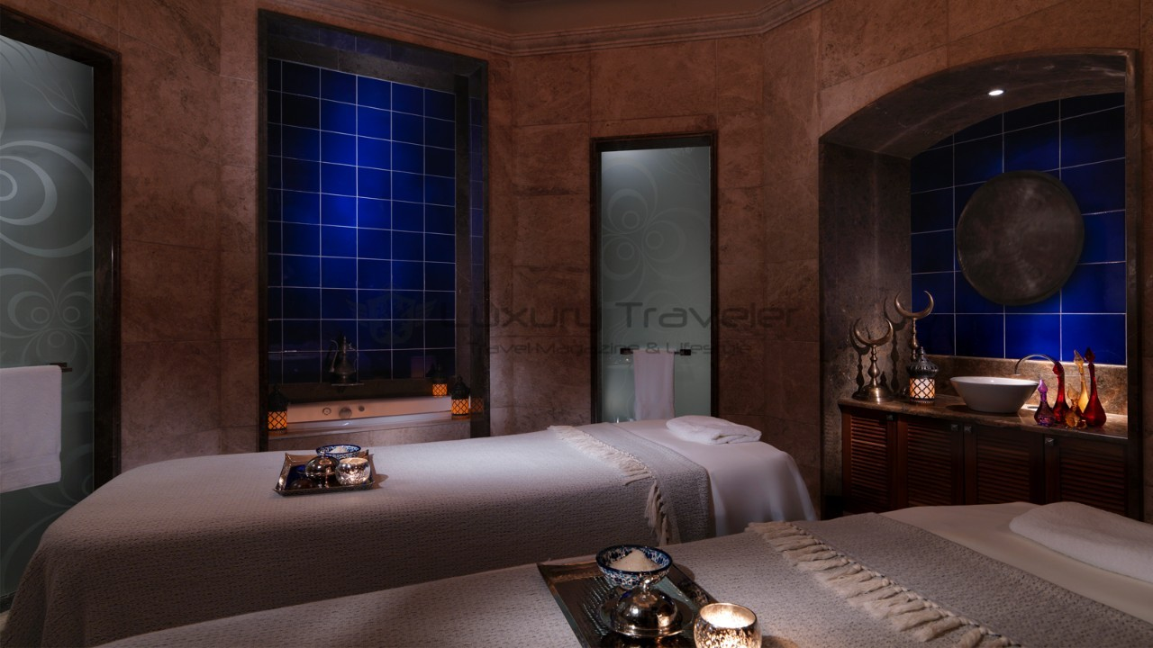 Four_Seasons_Bosphorus_Istanbul_Hotel_Spa_Luxury