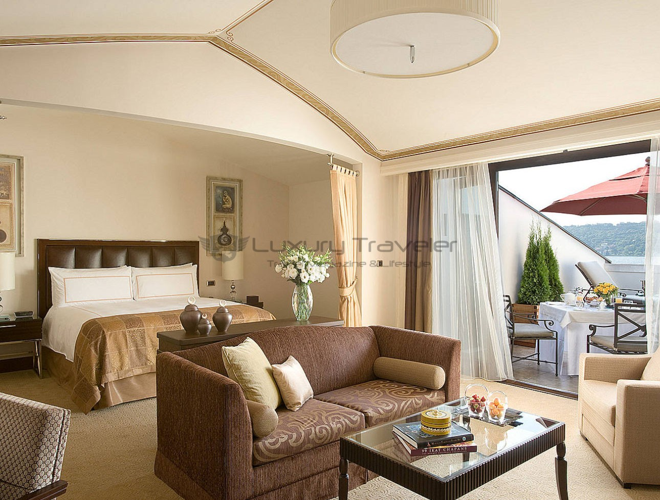 Four_Seasons_Bosphorus_Istanbul_Hotel_Suite