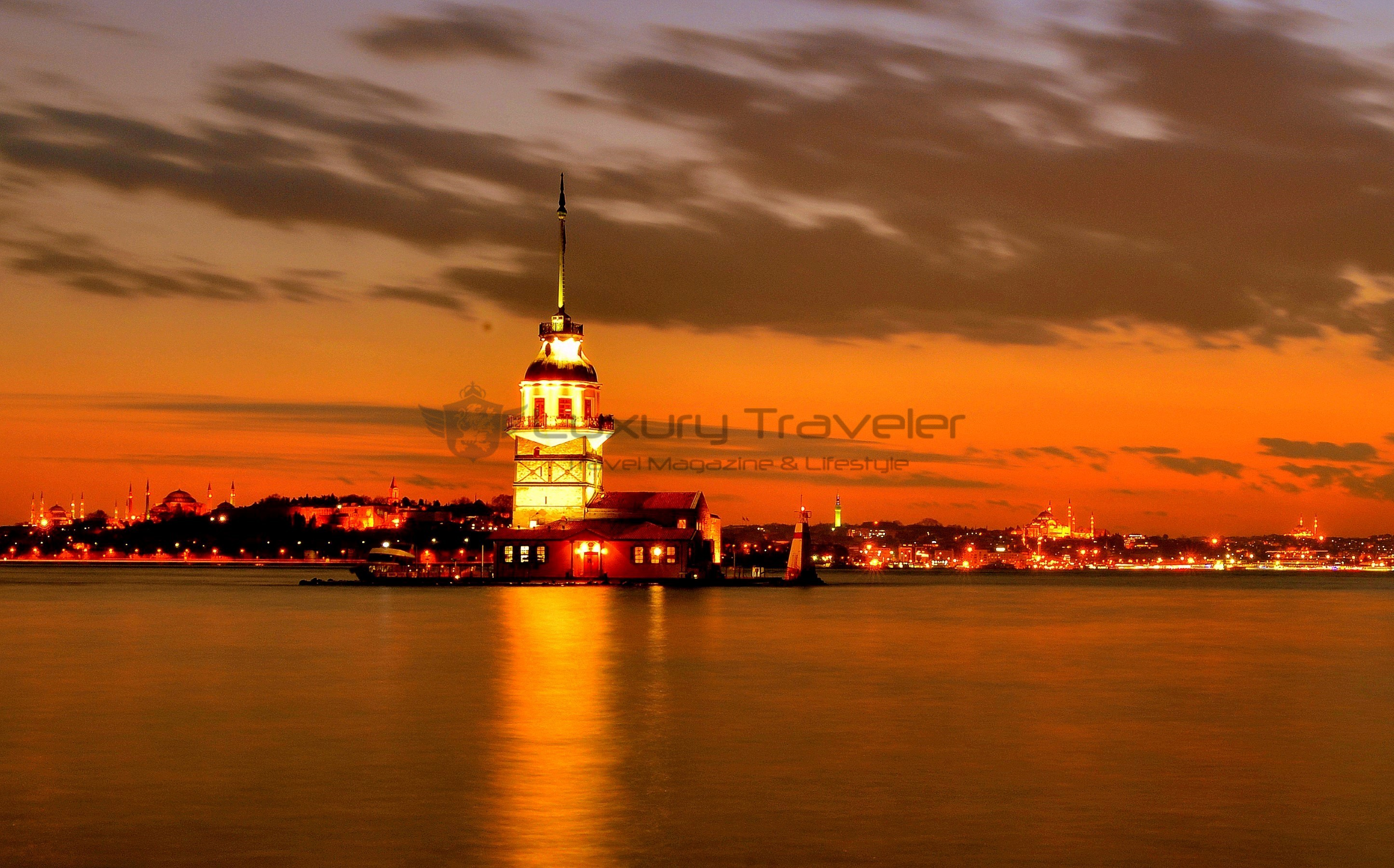 Four_Seasons_Bosphorus_Istanbul_Hotel_Views