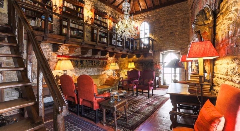 Torre_Maneys_Tower_Obidos_Hotel_GuestHouse_LivingRoom