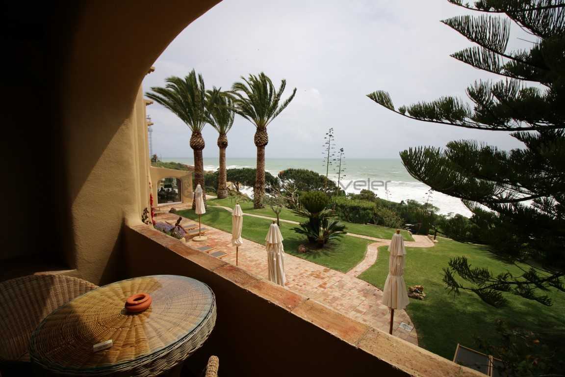 Vila_Joya_Hotel_Algarve_Portugal_Terrace_View