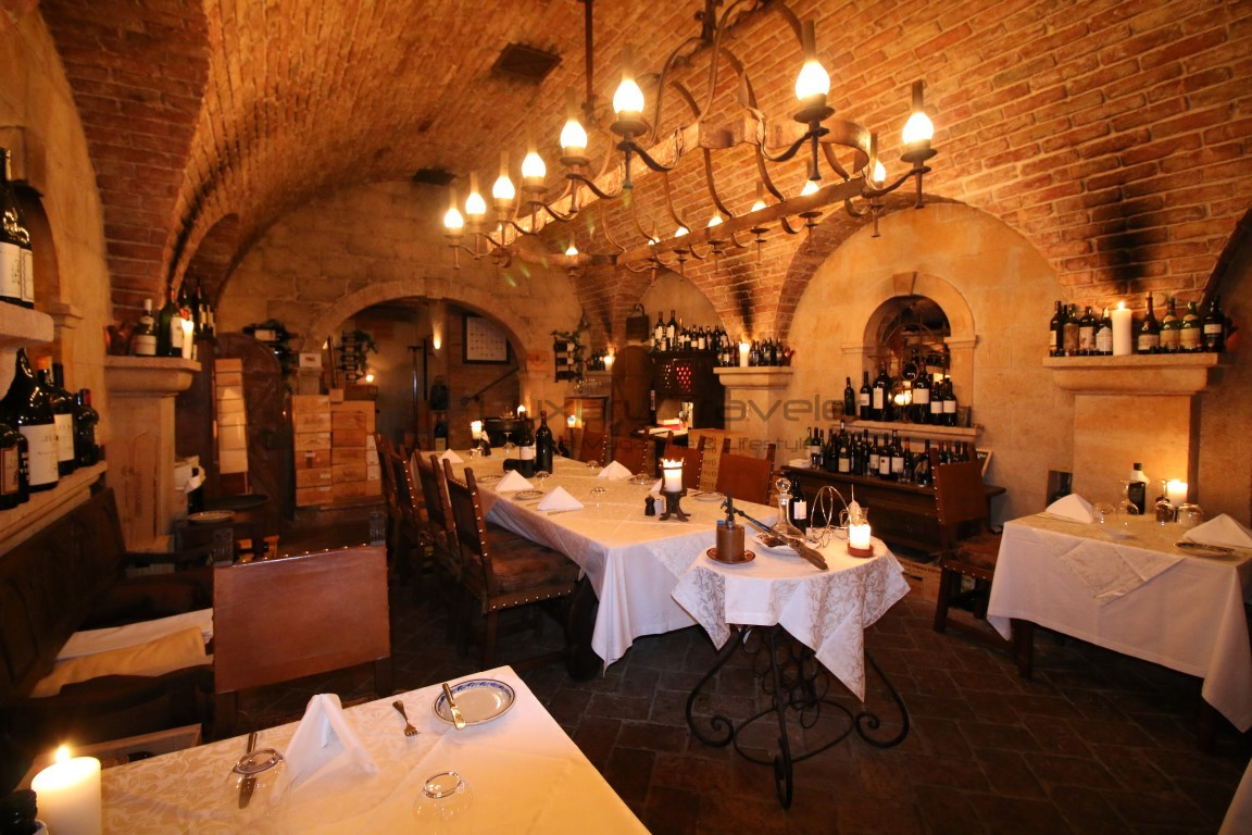 Vila_Vita_Parc_Algarve_Wine_Cellar_Restaurant