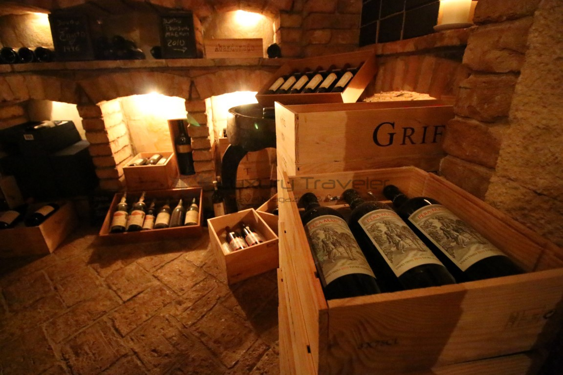 Vila_Vita_Parc_Algarve_Restaurant_Wine_Cellar-Dinner