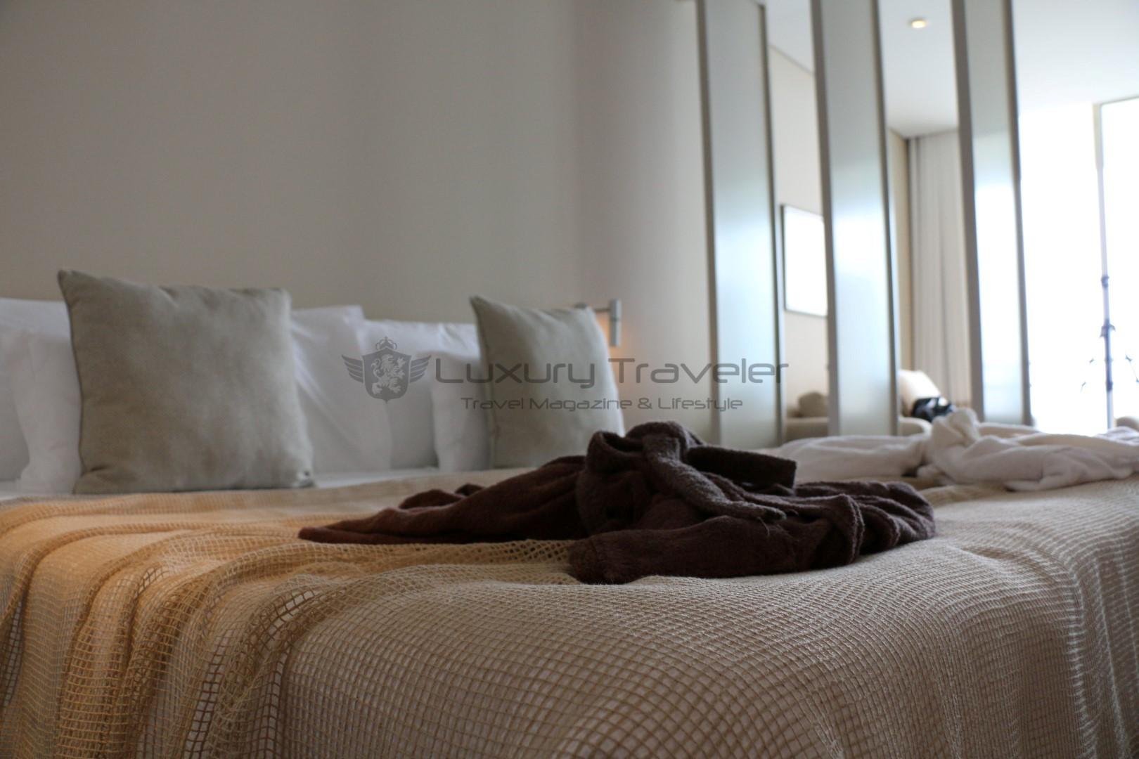 Vidamar_Madeira_Resort_Bedroom