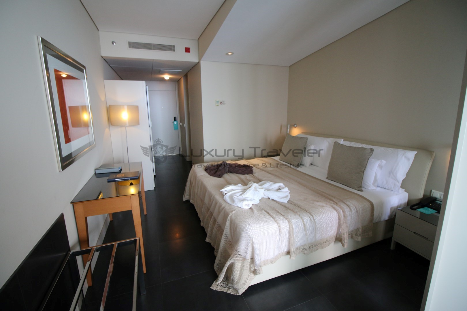 Vidamar_Madeira_Resort_Bedrooms