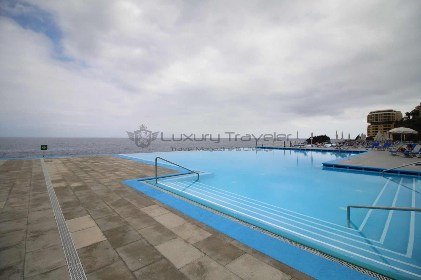 Vidamar_Madeira_Resort_Ocean_Pool