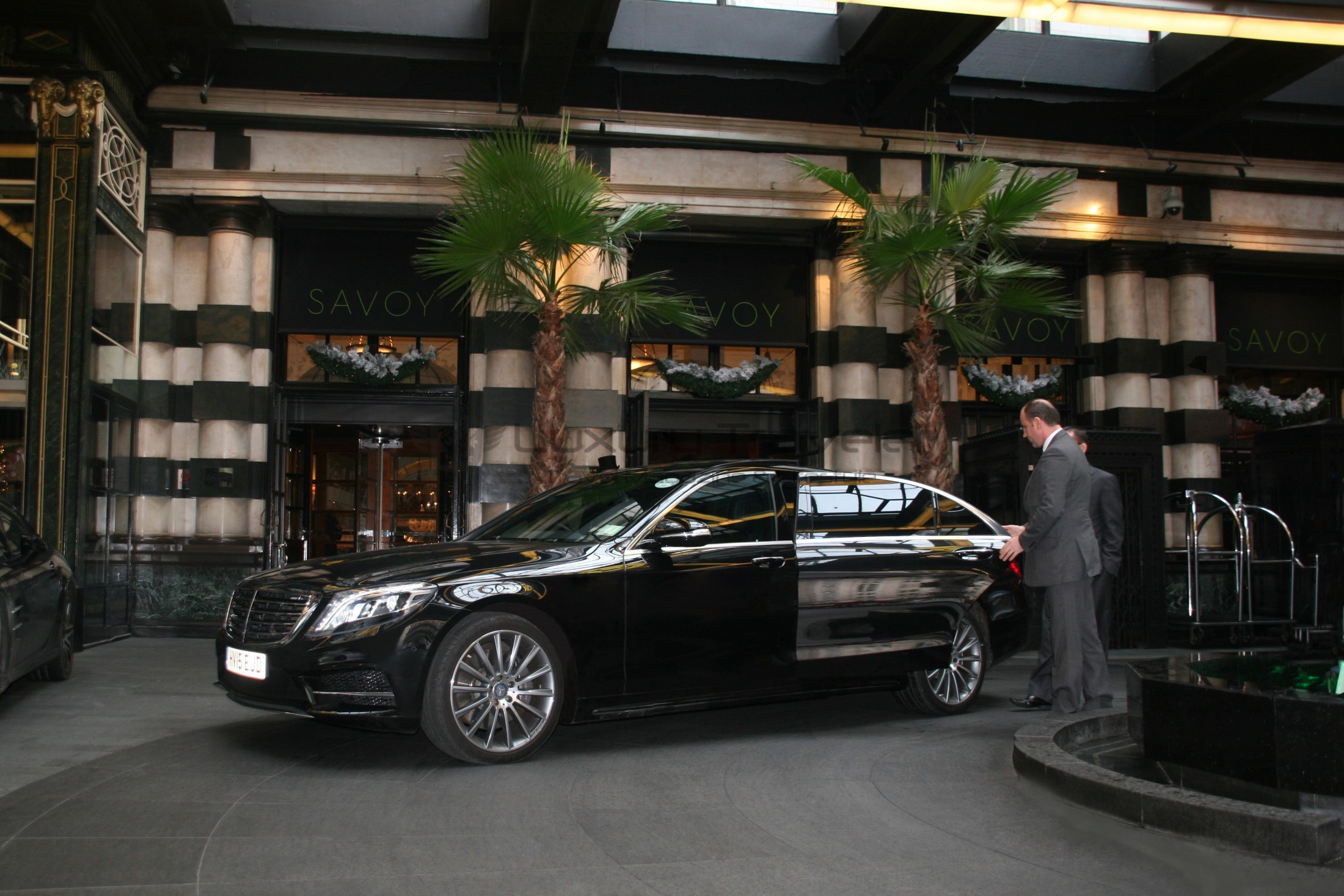 eg_chauffers_luxury_london_uk_mercedes_s_class