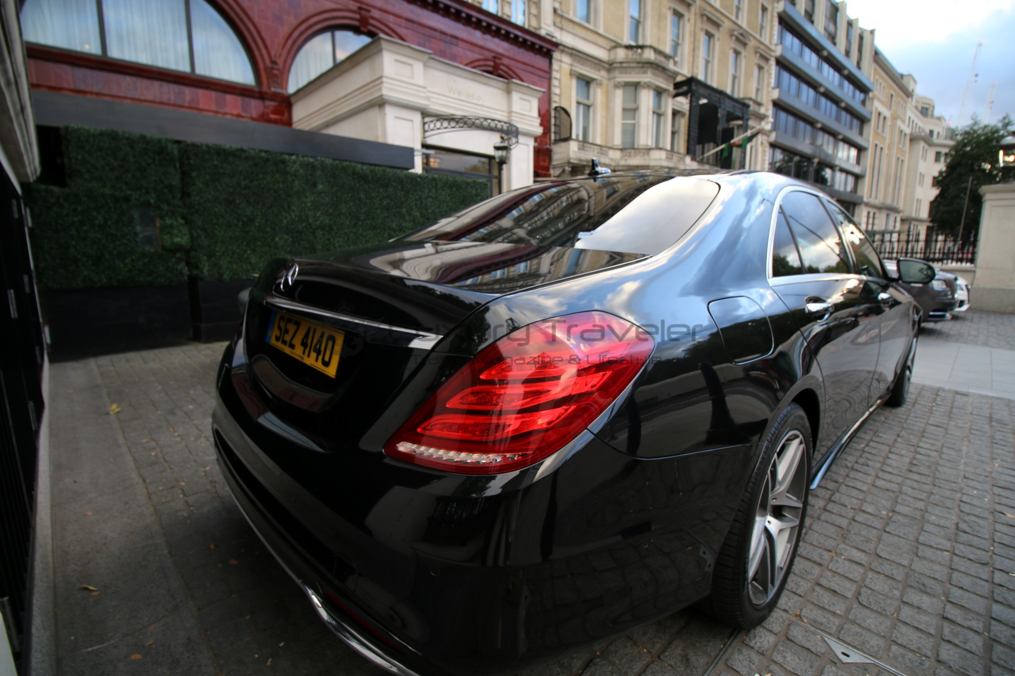 36-egchauffeurs_transfer_driver_hotel_london