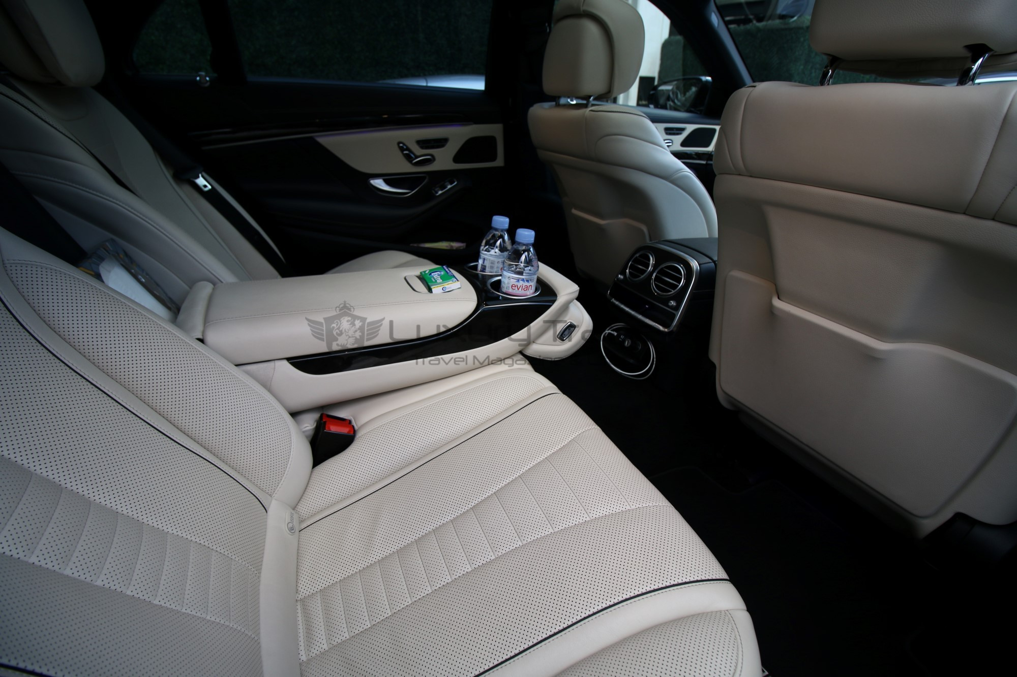 42-luxury_limousine_transfers_london