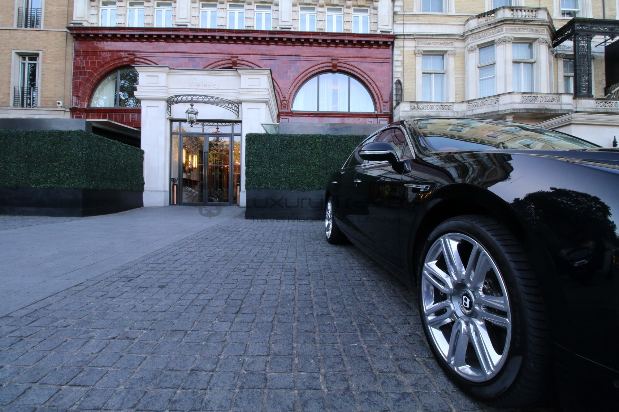 5-season_chauffeur_hire_london_hotel_airport