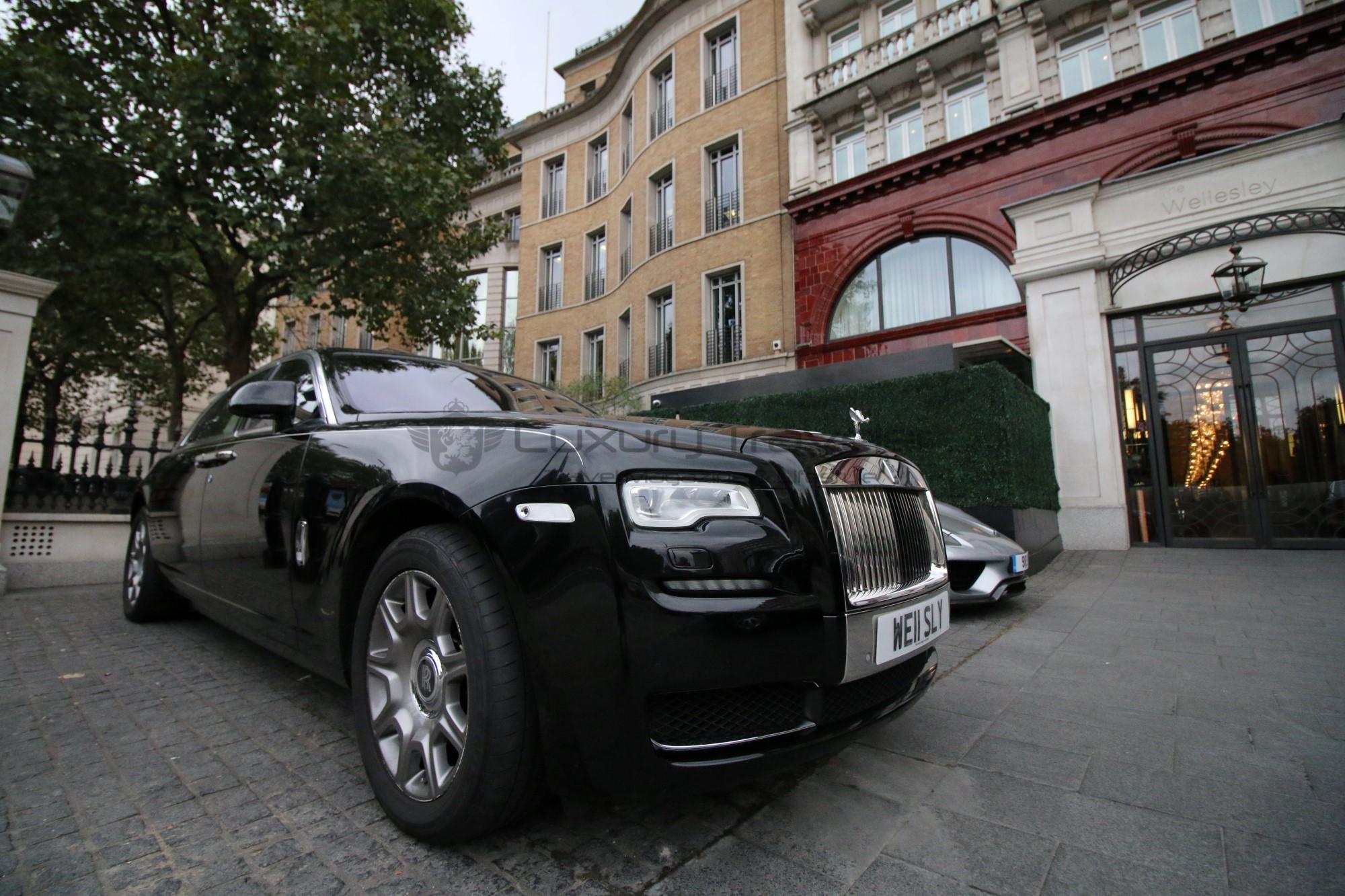 3-luxury_hotel_the_wellesley_london_rolls_royce
