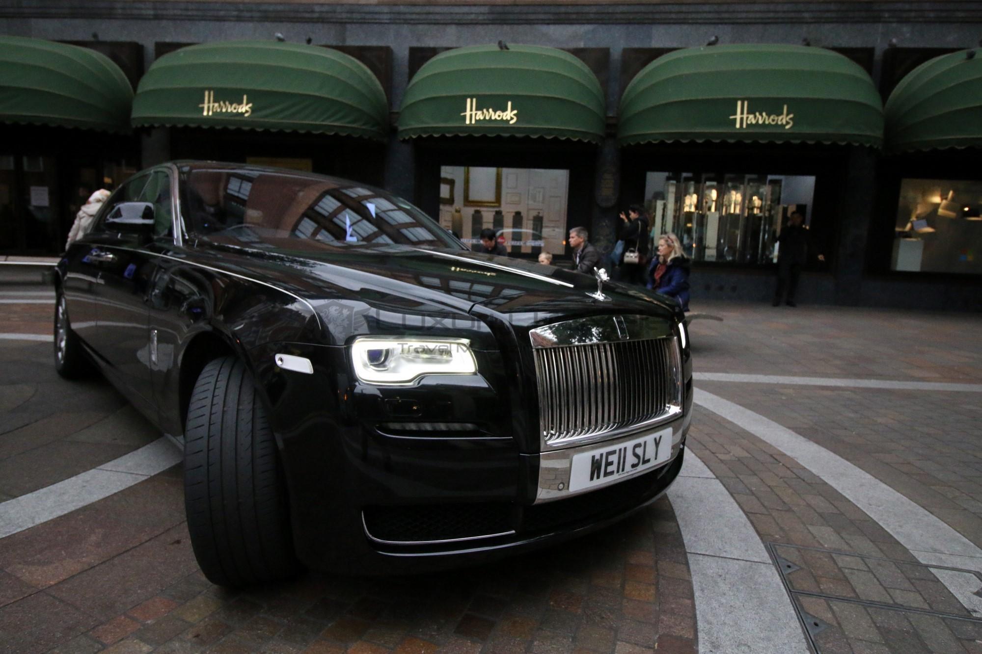 6-wellesley_london_rolls_royce_complimentary