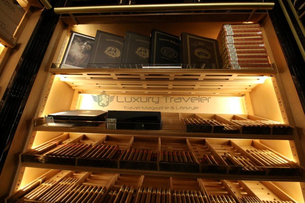 205-wellesley_hotel_london_cigar_cuban_room_humidor