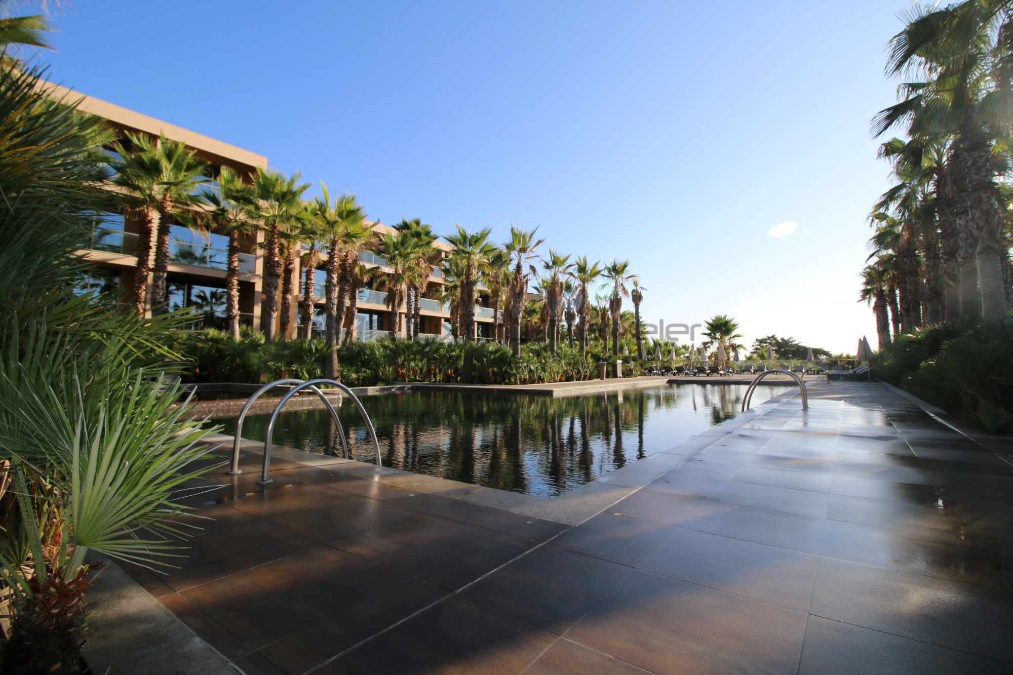 Lago_Montargil_Portugal_Luxury_Hotel_Pool